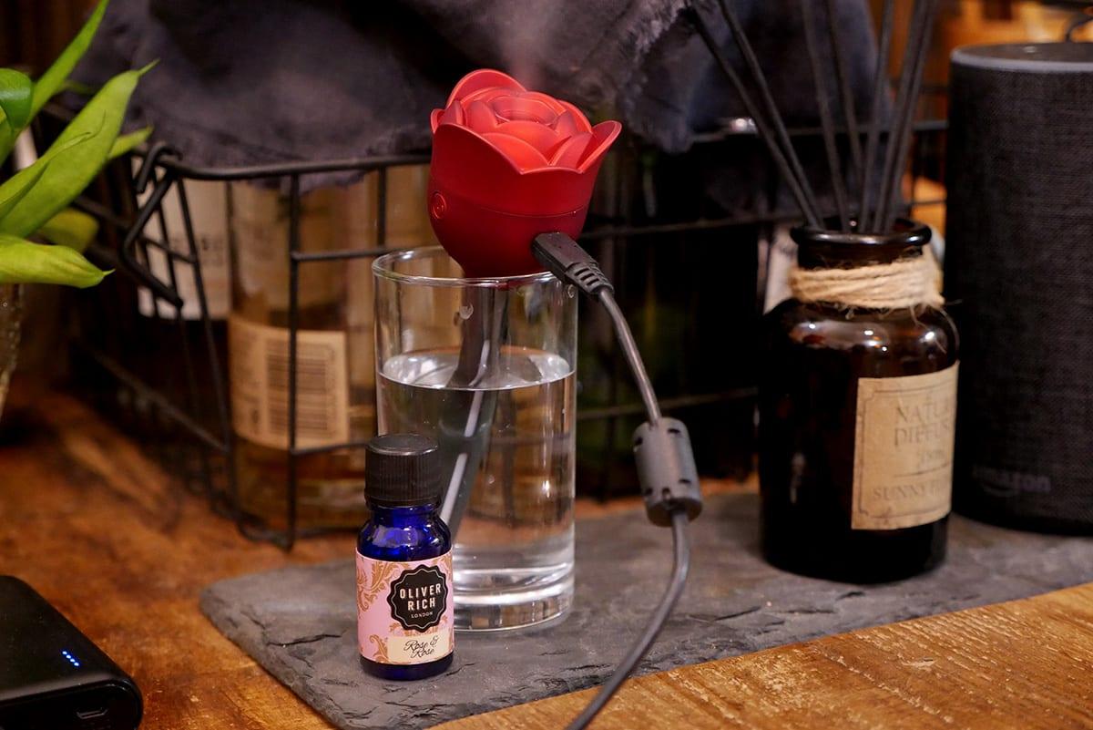 バラの加湿器からバラの香り