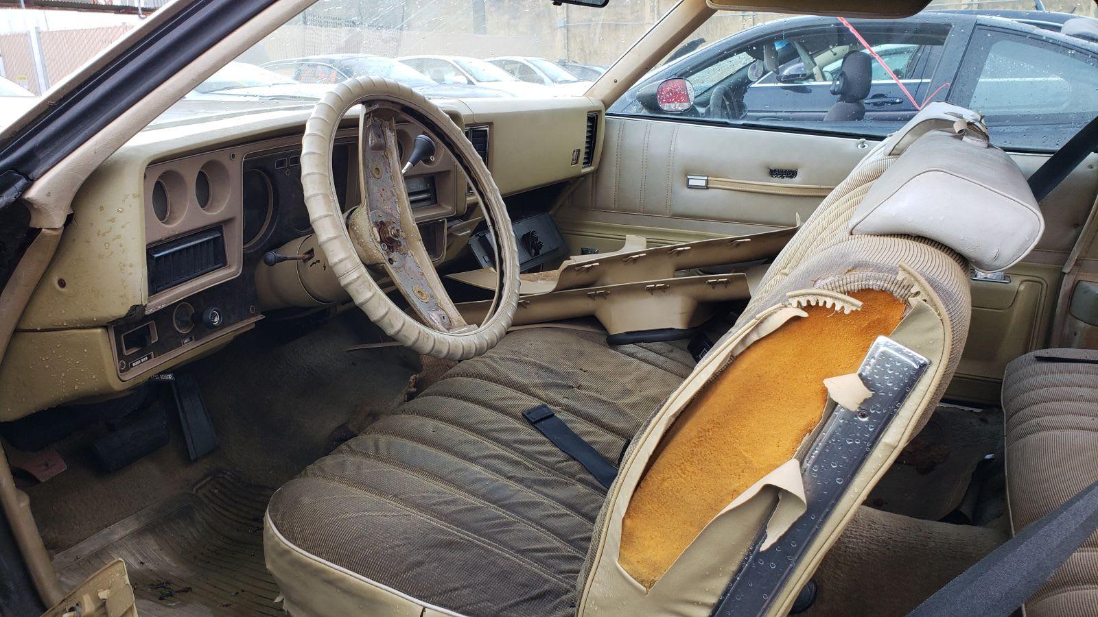 Junked 1975 Chevrolet Monte Carlo Landau