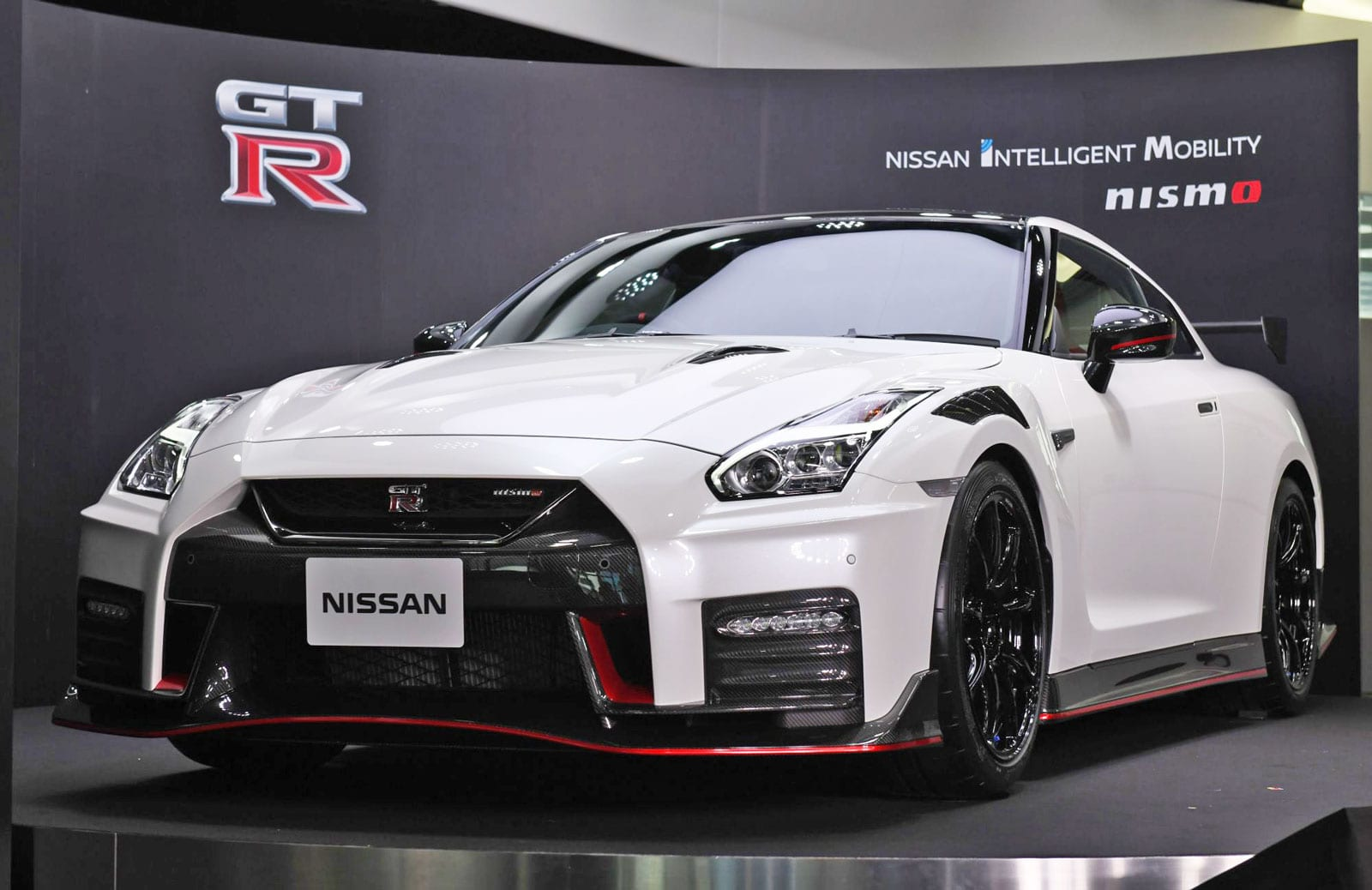 Next Nissan Gt R To Likely Feature Hybridization And