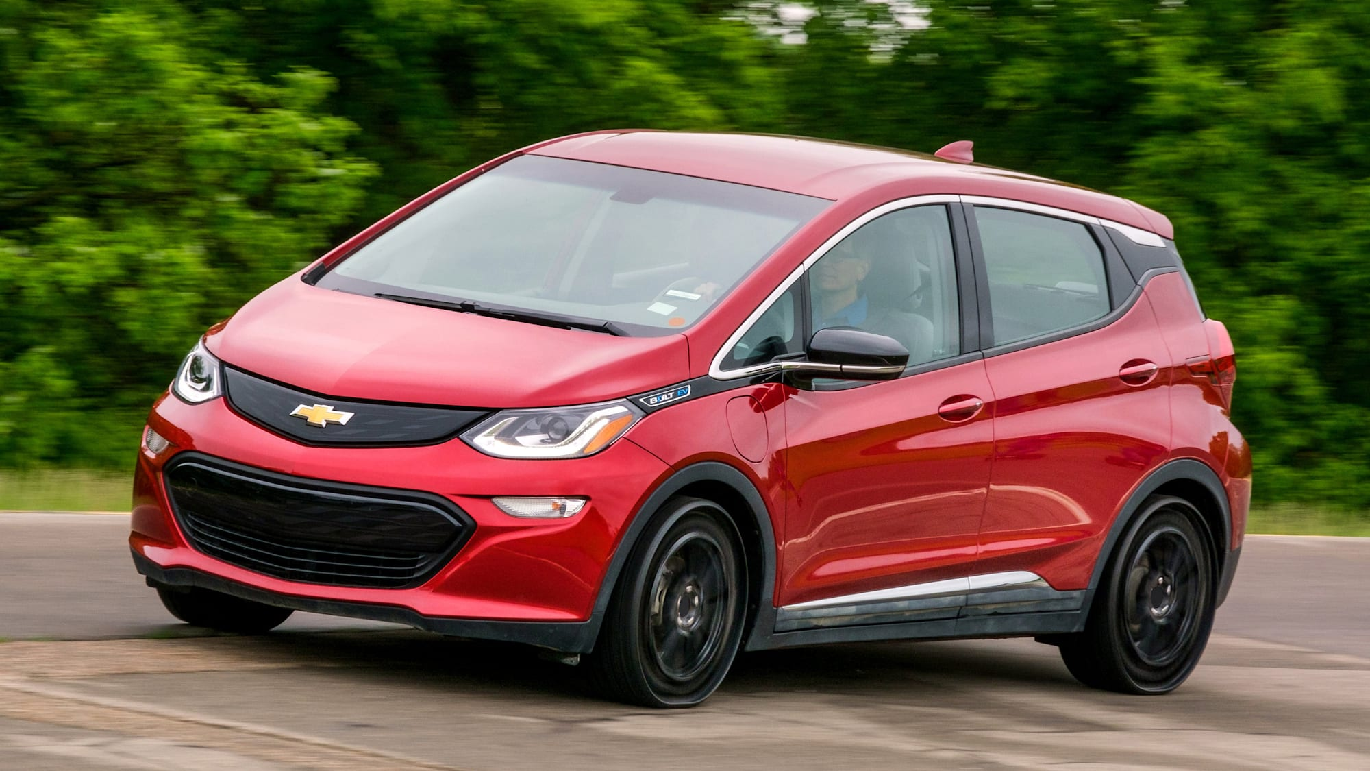 Michelin, GM testing airless tires on Chevy Bolt EV for 2024
