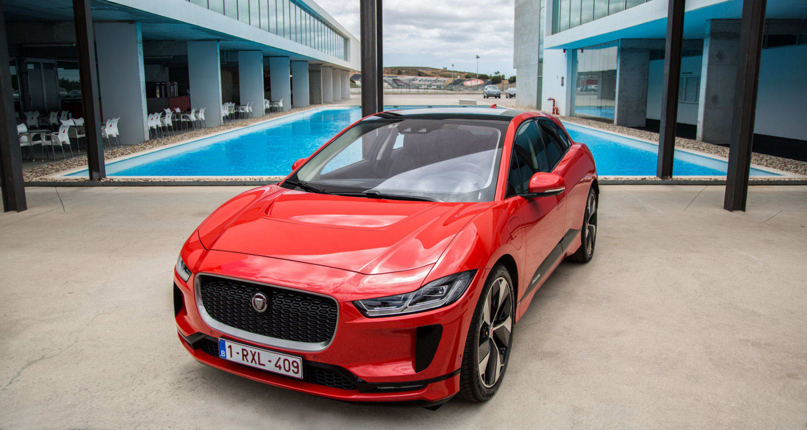 BMW and Jaguar Land Rover team up on electric vehicles