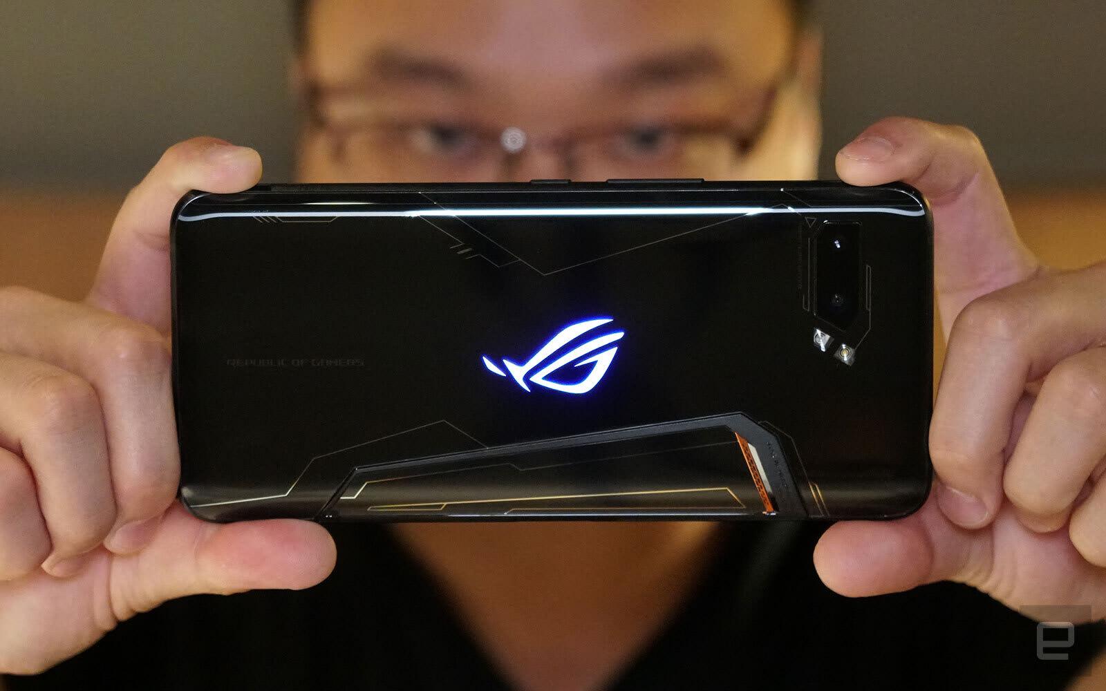 华硕 ROG Phone II 正式发布,带来 120Hz 的流畅游戏体验