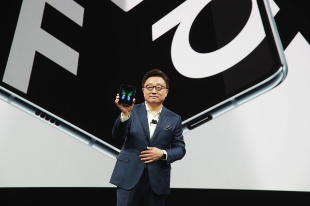 The Morning After: Samsung chief pushed Galaxy Fold 'before it was ready'