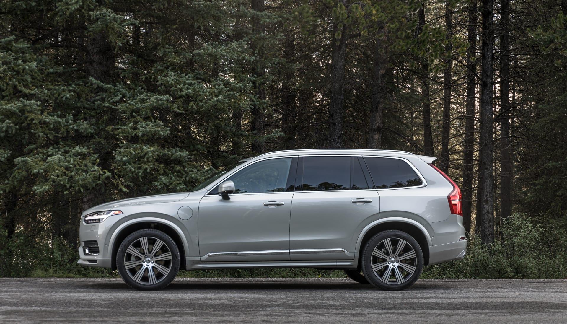 Volvo S Xc90 Brings Swedish Minimalism To A Sea Of Luxury Suvs