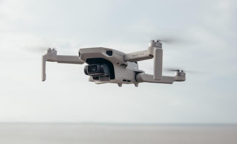 Le lendemain matin: le drone de la taille de la paume de DJI peut voler 30 minutes