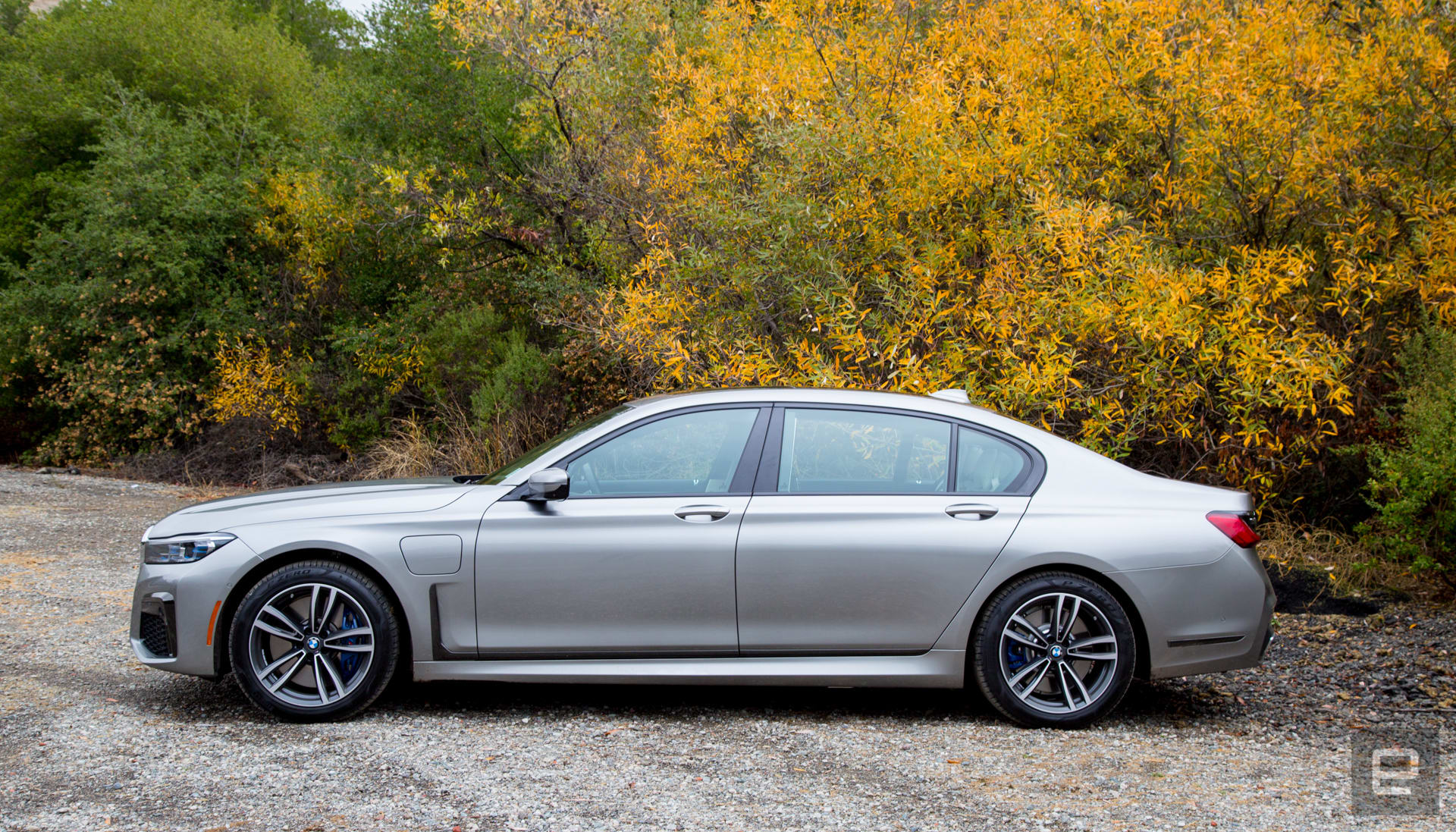 Bmws Plug In Hybrid 745e Delivers Tech And Luxury At A