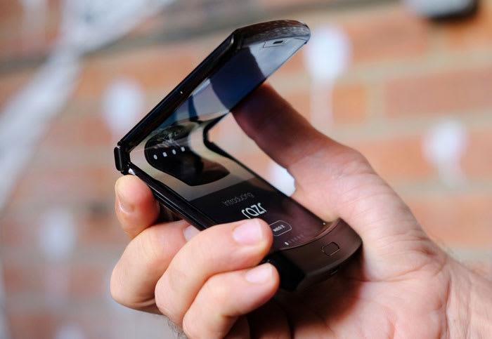 Motorola will begin taking foldable Razr pre-orders on January 26th