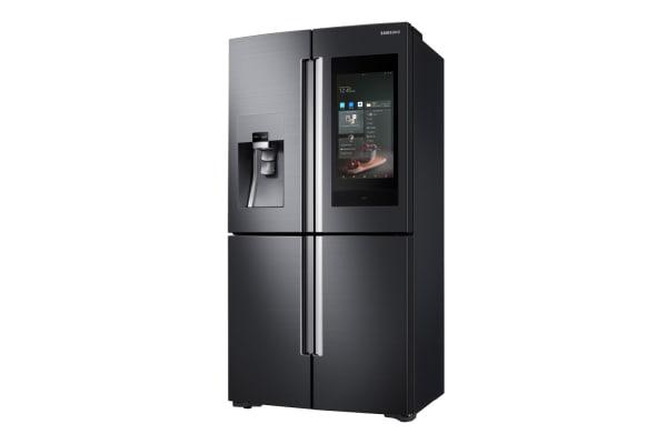 三星 Bixby 理所當然地登上了自家新款智慧冰箱