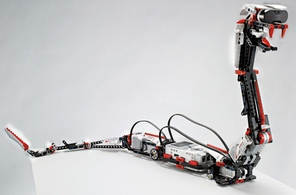 Lego Mindstorms EV3 arrives tailored for mobile, infrared