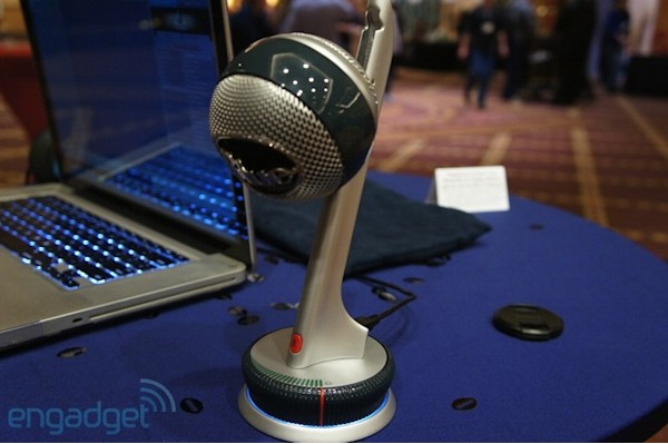 Hands-on with Blue Mics' Nessie: a USB mic that masks your flaws (video)
