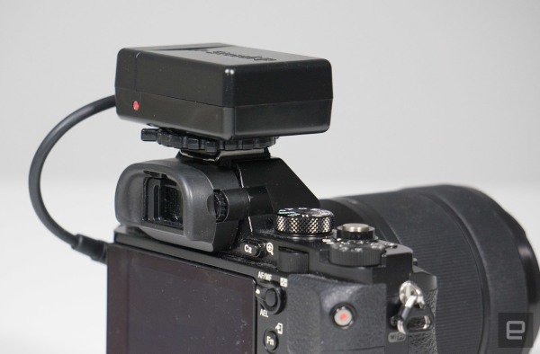 SteadXP's DSLR stabilizer is a gimbal with no moving parts