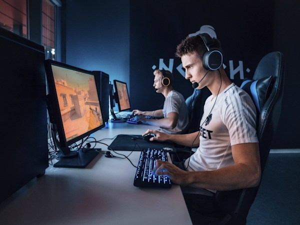 SteelSeries' Arctis Pro is a high-res headset for discerning