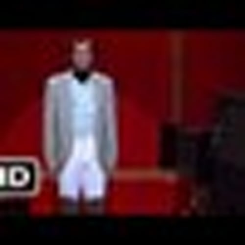 """'Man on the Moon' <br>Inaccuracy: Lorne Michaels Presenting the """"Dump Andy Kaufman"""" Poll"""