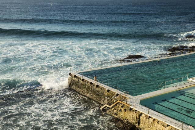 is this the worlds most incredible swimming pool