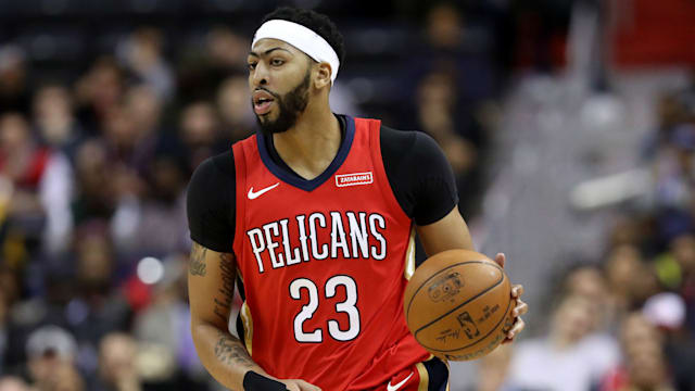 Pelicans All-Star Anthony Davis leaves game with ankle