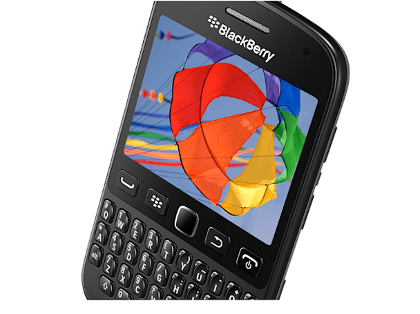 BlackBerry 9720 正式公布,果真是一款较低端的 BlackBerry 7 手机(视频)
