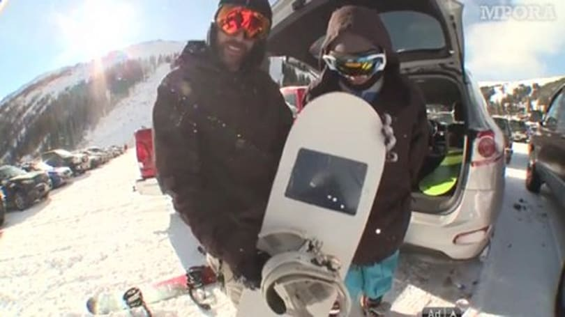 iShred, a snowboard inspired by Apple and Steve Jobs