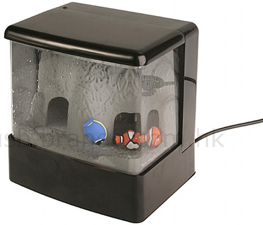 Brando's USB-powered aquarium: for the fish owner to-be