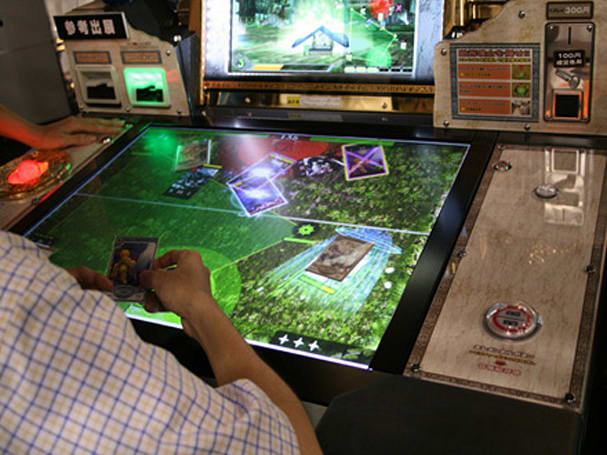 Taito introduces Surface-like arcade game