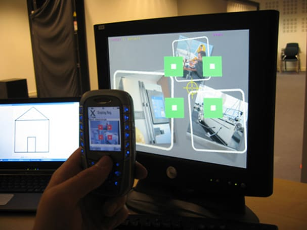 Researchers use cameraphones as 3D mice, foresee interactive ads