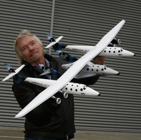 SpaceShipTwo, White Knight Two designs unveiled: aren't they cute?