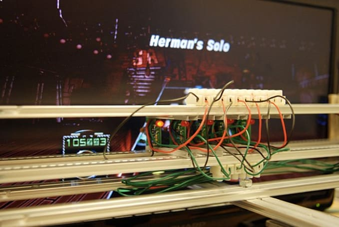 DeepNote Guitar Hero bot 'watches' the game, rocks you within an inch of your life