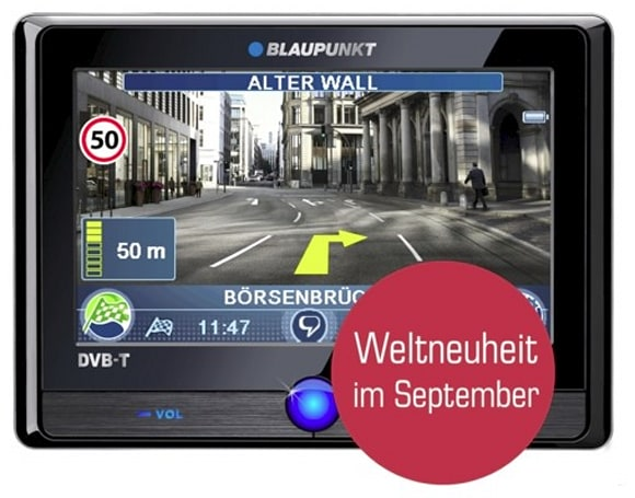 Blaupunkt TravelPilot 700 and 500 overlay nav info on realtime video