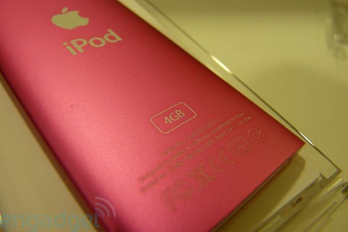 Mysterious new 4GB iPod nano 4Gs begin appearing on store shelves