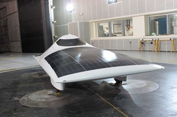 MIT team develops solar car, boldly calls it Eleanor