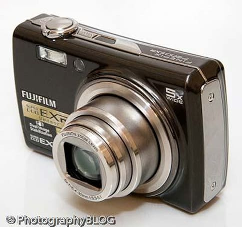 FujiFilm's FinePix F200EXR, and its pricetag, get reviewed