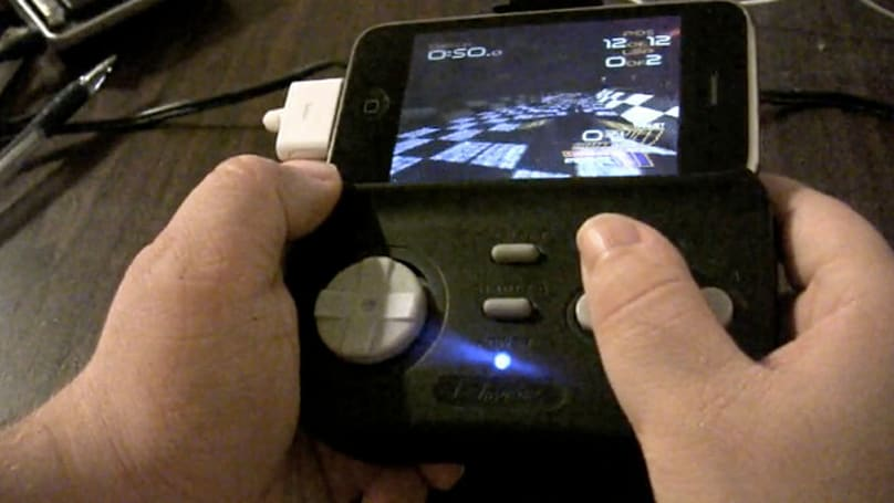 iJoyPad demoed on iPhone 3GS, full screen PSX games looking rather sweet