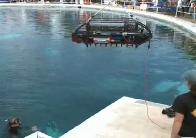 Video: Cornell's autonomous robot sub wins competition, our hearts
