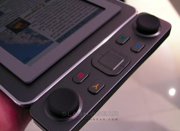 Qualcomm's Mirasol e-reader to get game controller, Cheetos fingerprints? (video)