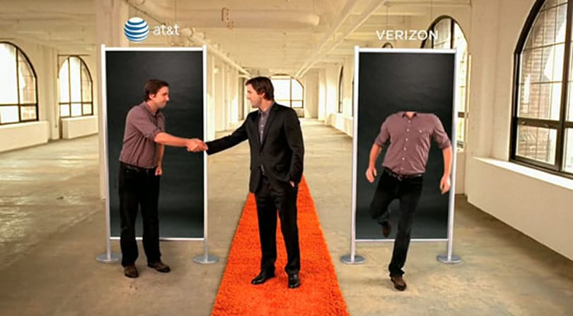 Latest AT&T spot calls Verizon's 3G network a headless, sluggish wannabe