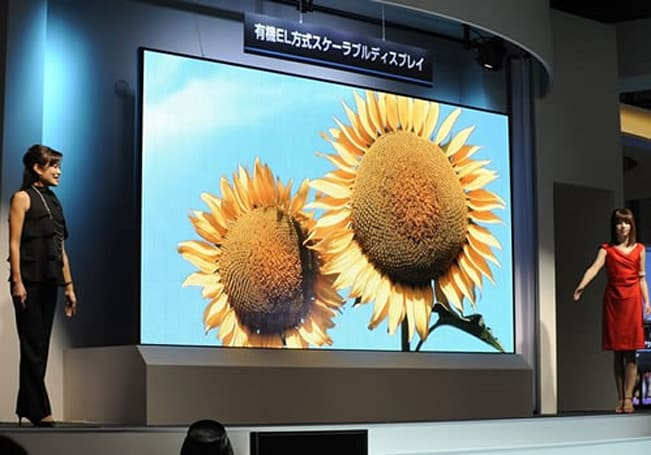 Mitsubishi to introduce preposterously large 149-inch OLED TV at ISE 2010