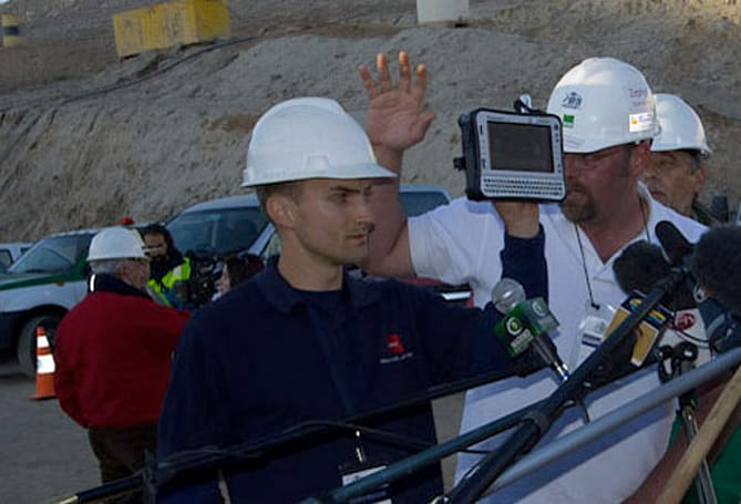 Panasonic's Toughbook U1 monitors vitals of Chilean miners during rescue