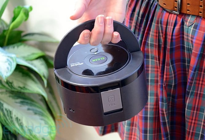 iRobot unveils super-compact Scooba 230, new Roomba 700 series