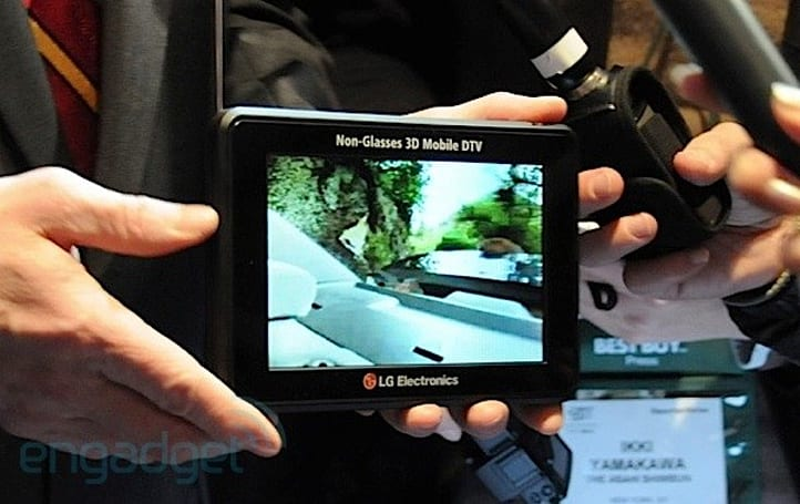 LG's glassesless 3D Mobile DTV eyes on (update: video)