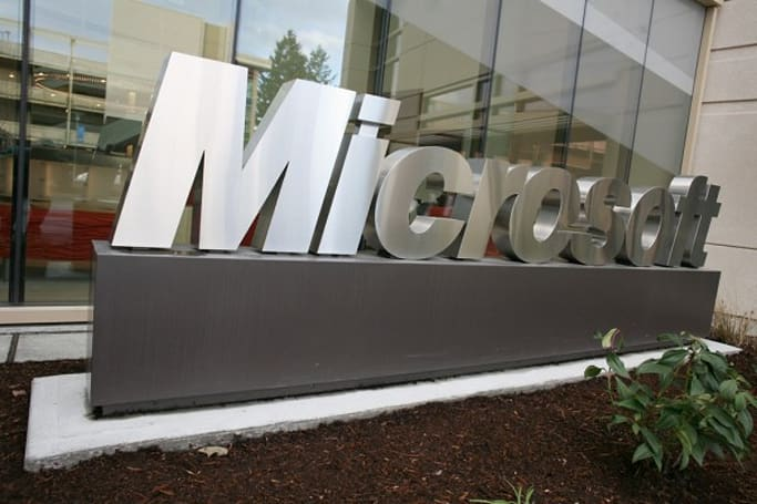 Microsoft asks state lawmakers to make domestic companies pay for foreign firms' software piracy