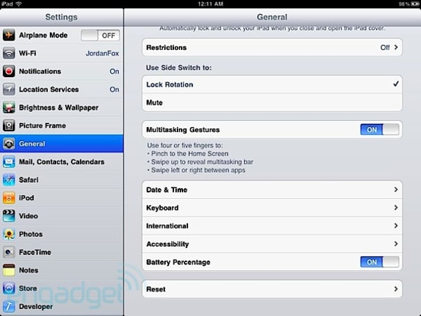 How to enable multitasking gestures in iOS 4.3