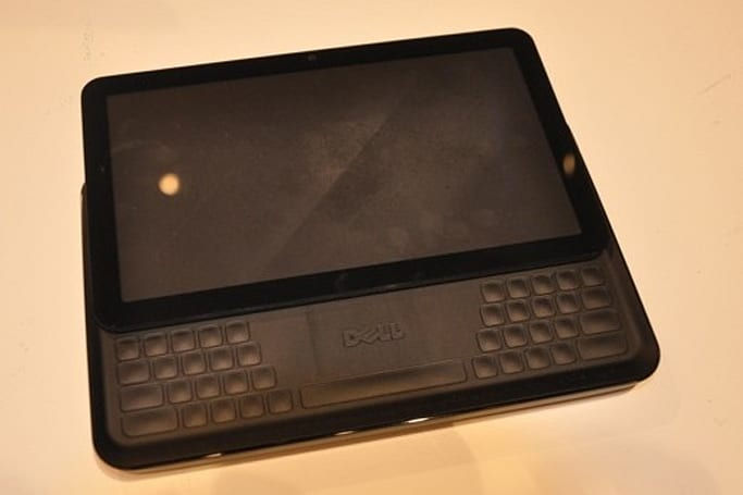 Dell's prototype 7-inch tablet touts slide-out split QWERTY keyboard (update: just a concept)