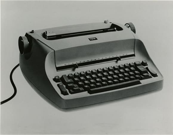 IBM Selectric Typewriter turns 50, yells at tablets to get off its lawn