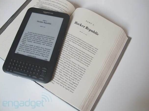 Amazon: the Kindle Keyboard is sticking around