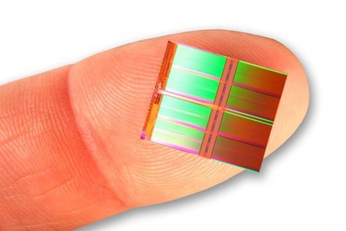 SanDisk makes 128-gigabit flash chip, crams three bits per cell, takes afternoon off