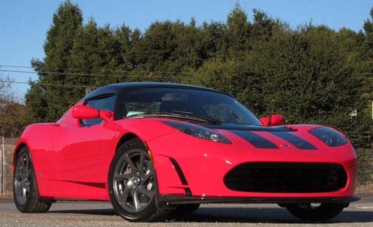 Tesla sends Roadster off with 'Final Edition,' successor to arrive in 2014