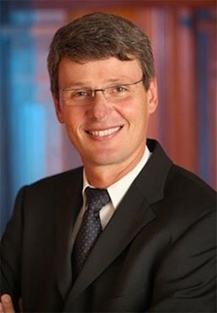 Shocker! New RIM CEO targets existing BlackBerry users for upgrades