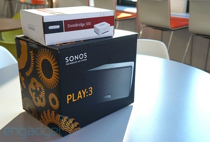 Engadget Giveaway: win a limited edition Sonos Play:3 and ZoneBridge, courtesy of Sonos!