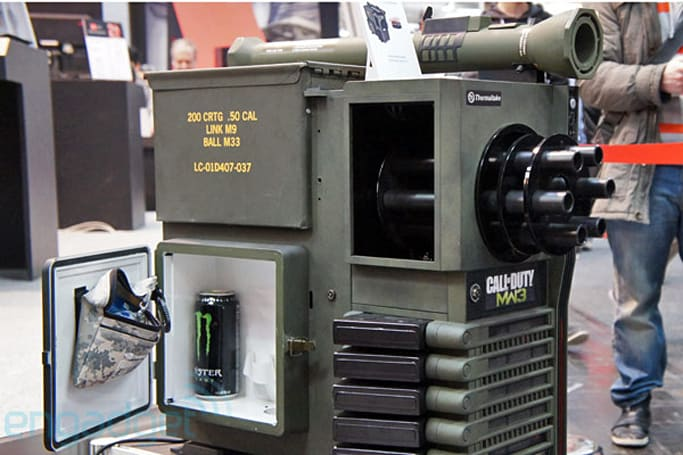 Call of Duty case mod has spinning gatling gun, energy drink fridge (hands-on)