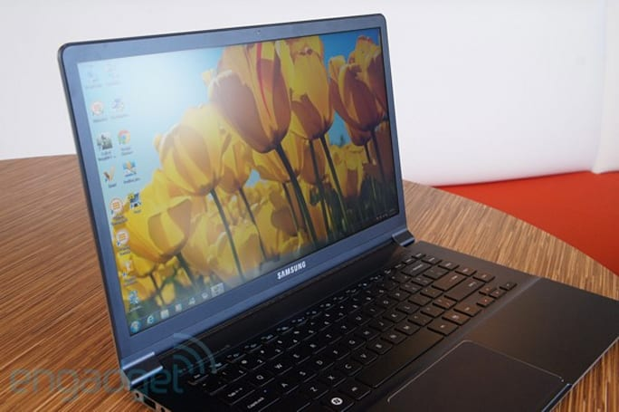Samsung exec admits the 15-inch Series 9 could benefit from better viewing angles