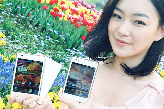 LG's 5-inch Optimus Vu shipping soon in white (in Korea, at least)